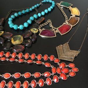 Jewelry - 5 statement necklace bundle